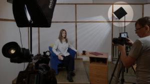 Как сделать интересный свет для видеосъёмки без покупки дорогого обрудования